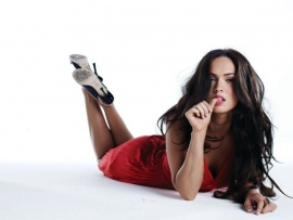 megan_fox_hot_red-t2